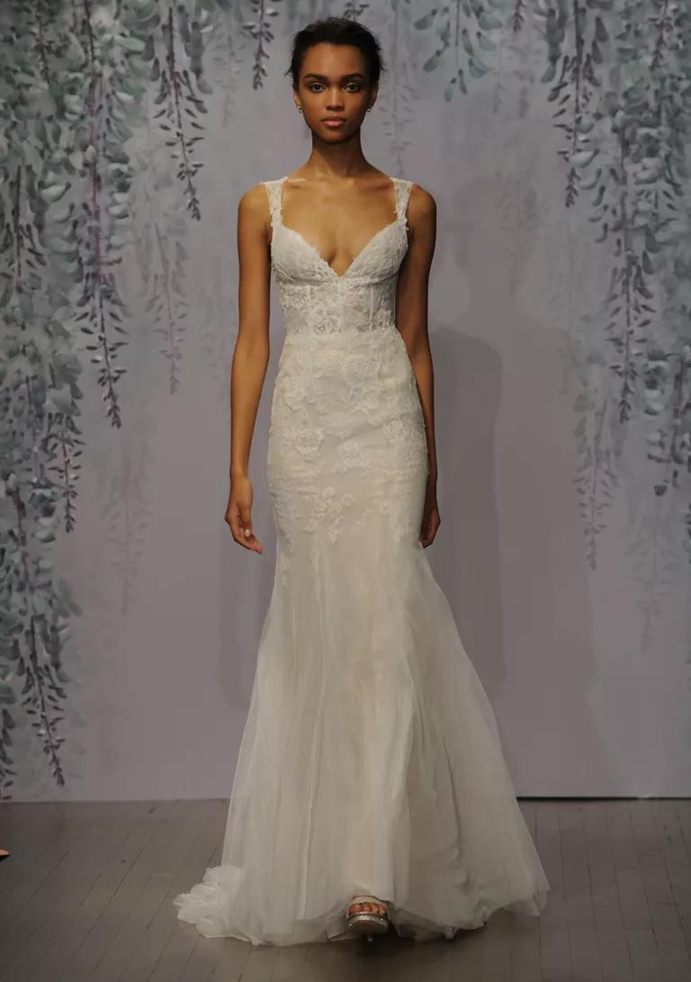 monique lhuillier wedding dresses bridal fashion week fall plunge wedding dress Monique Lhuillier wedding dress Fall silk white sorbet Chantilly and Re embroidered lace