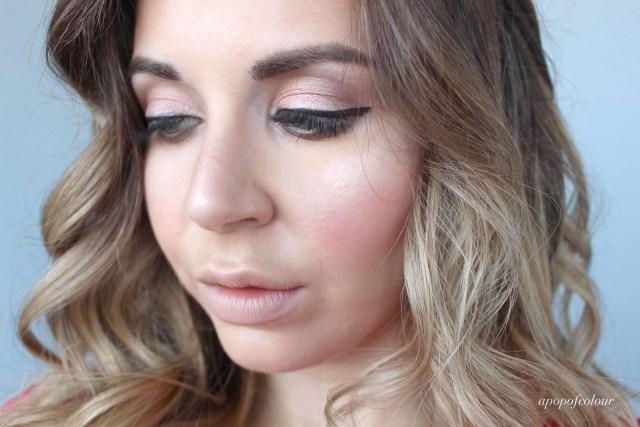 eyeshadow-application