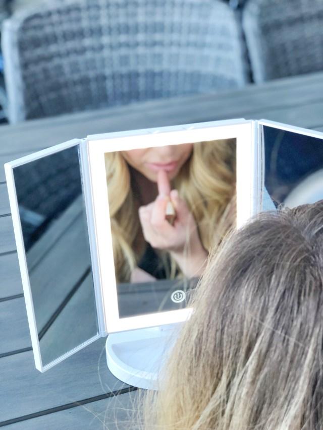 Fancii Tria LED-Lighted Tri-Fold Makeup Mirror