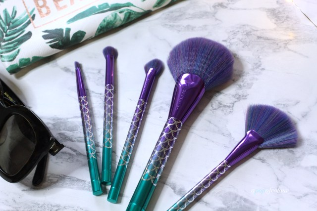 Sephora Collection Ocean Crush fan brush set