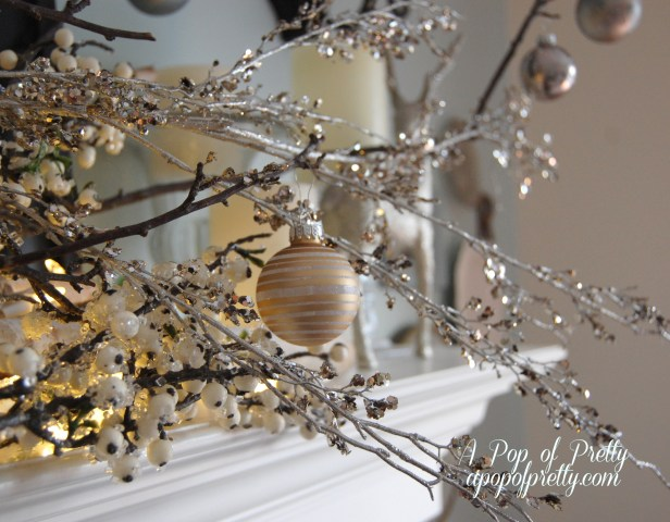 Simple Christmas mantel decorating