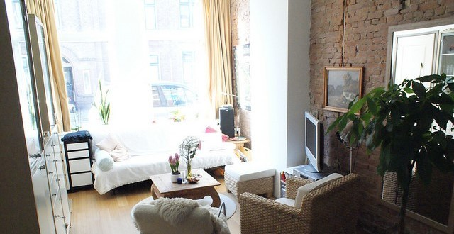 Small living room design ideas making the area appear more spacious
