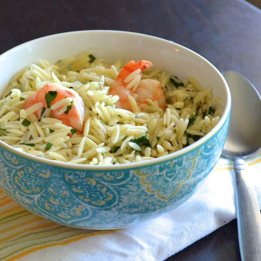 healthy garlic lemon shrimp orzo dinner for under 300 calories!