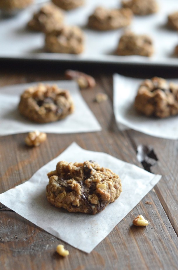 Healthy Dark Chocolate Walnut Cookies. These are only 100 calories each and SO good!