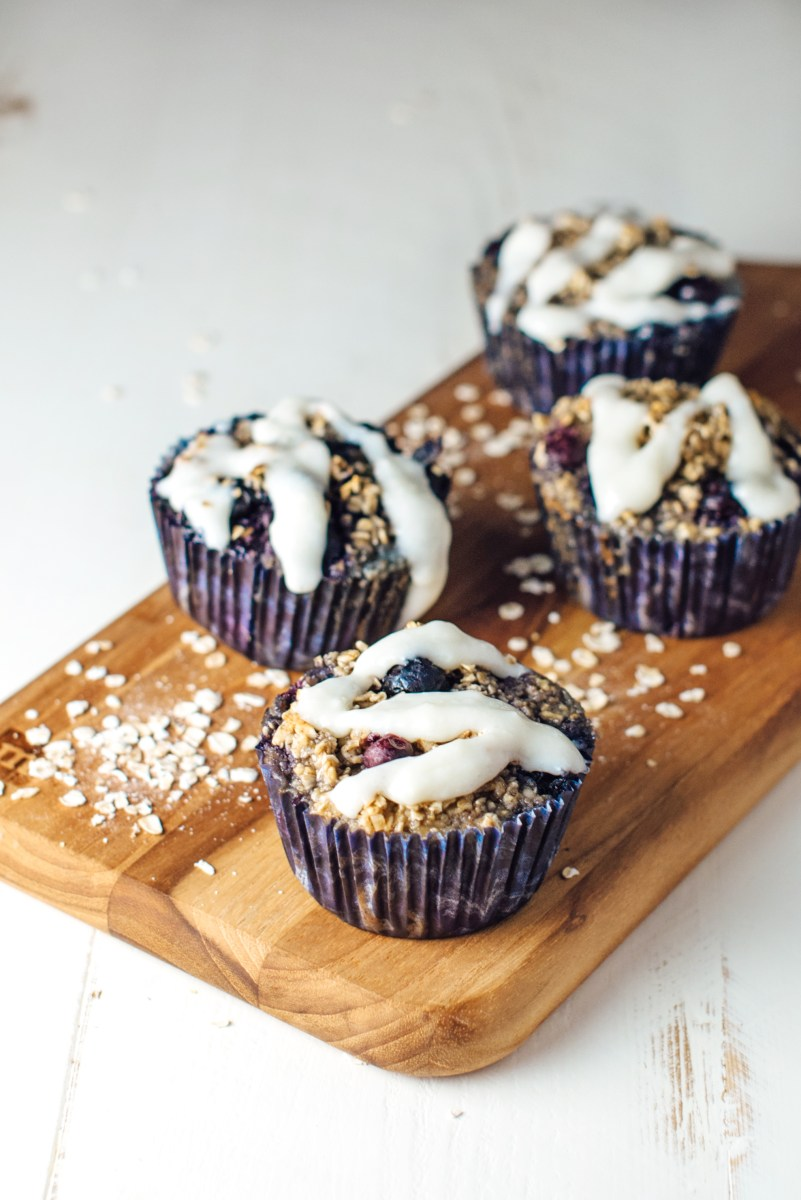 Baked Blueberry Cheesecake Oatmeal Cups - Apple of My Eye