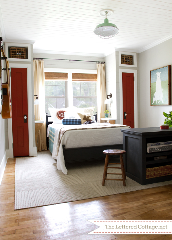 guest-bedroom-from-the-lettered-cottage