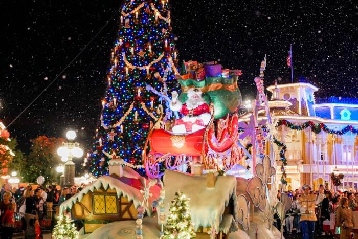 disney-very-merry-christmas-3-of-34