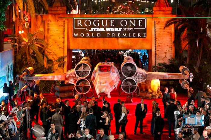 rogue-one-premiere-18-of-27