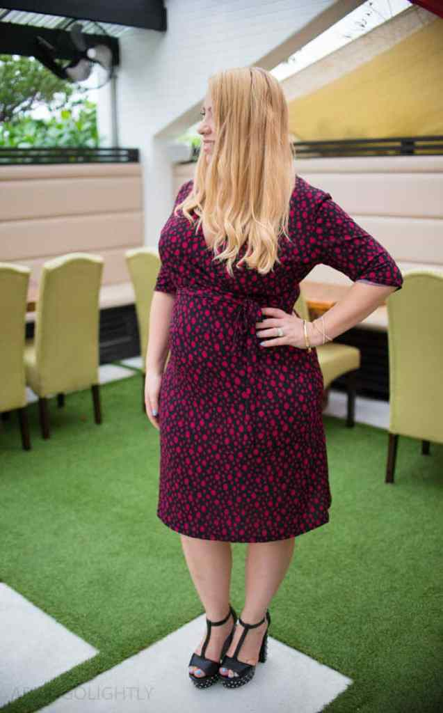 How to Wear a Wrap Dress Outfit