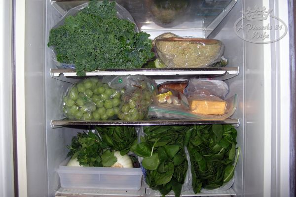 how to keep greens fresh longer in the fridge