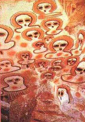 Halo o casco wandjina petroglifos Kimberley Australia 5000 (1)