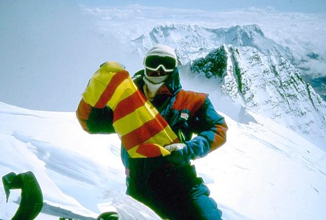 25 años de la expedición aragonesa al Everest