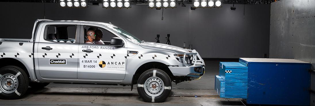 PHOTO-Ford-Ranger-2011-with-ARB-bullbar-D (1)