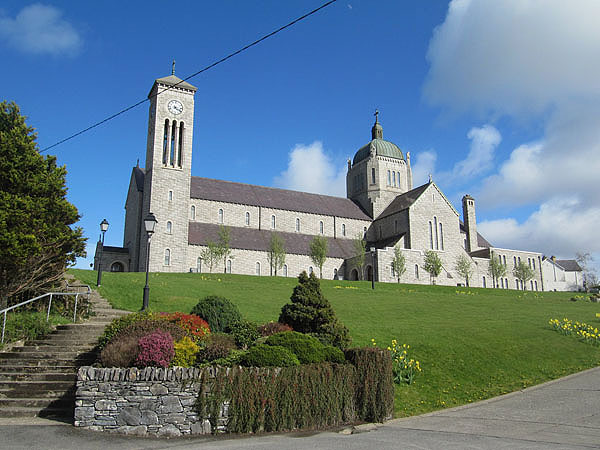 carndonagh-church