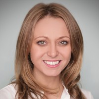 An image of Lynsey McGovern, The clinics Managing Director