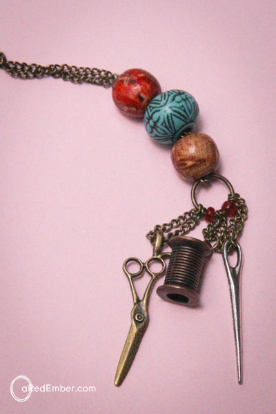 dangle necklace