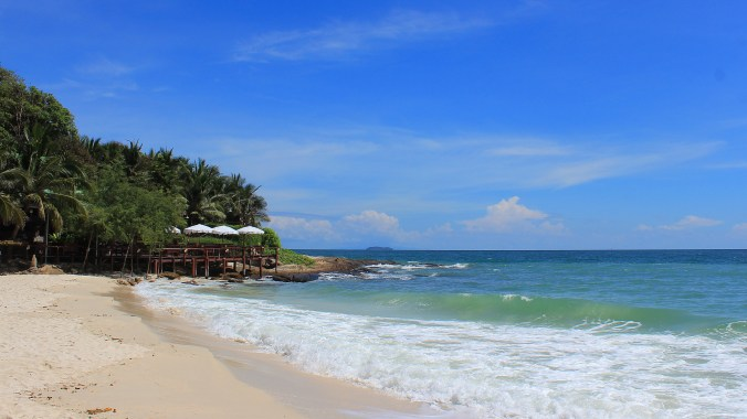 The beach of Apache Guesthouse at Ao Sang Thian beach in Koh Samet, Thailand.
