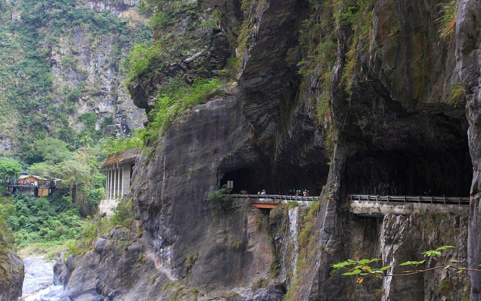 Swallow Grotto in Taroko. A road goes inside the mountain next to a beautiful caynon.
