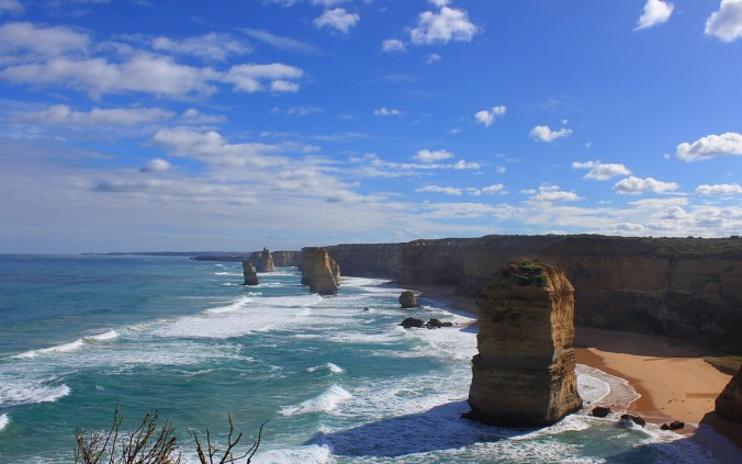 The Twelve Apostles, the Great Ocean Road, Australia.