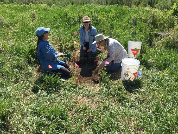 Karen Tubbs, Shari Peyerl and Marilyn Walker having fun before mapping in their artifacts