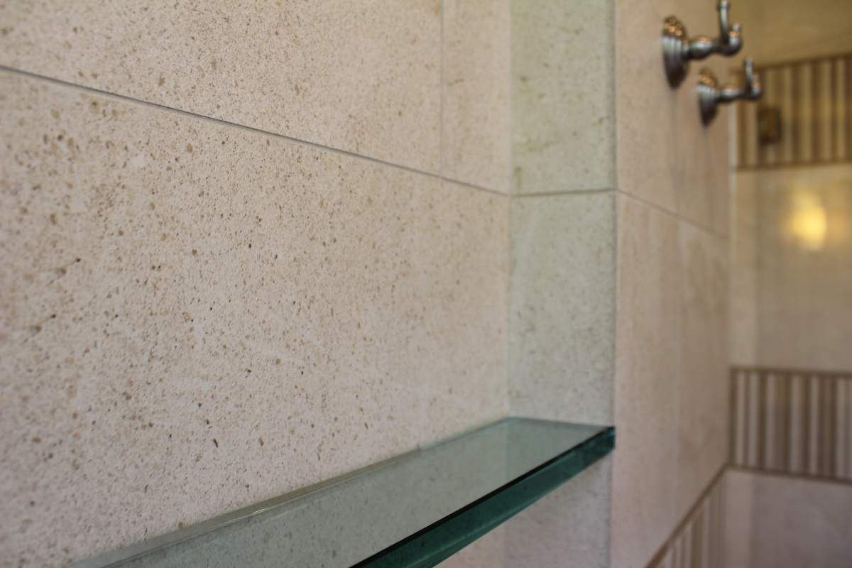 Wailea Golf Estates Shower Shelf_Optimized