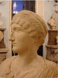 Helena-bust