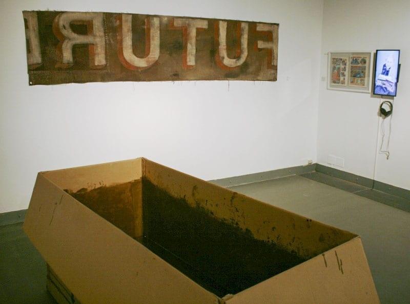 Гийом Клермон. Попытка спасения 1. 2007; Андрей Ройтер. Future. 1995