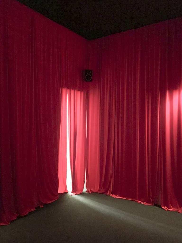 Валя Фетисов. Молельная комната. 2017