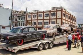 Carros-rápido-y-furioso-en-Cuba.