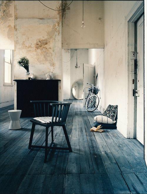 Casa minimal industrial chic arredamento shabby for Casa minimal chic