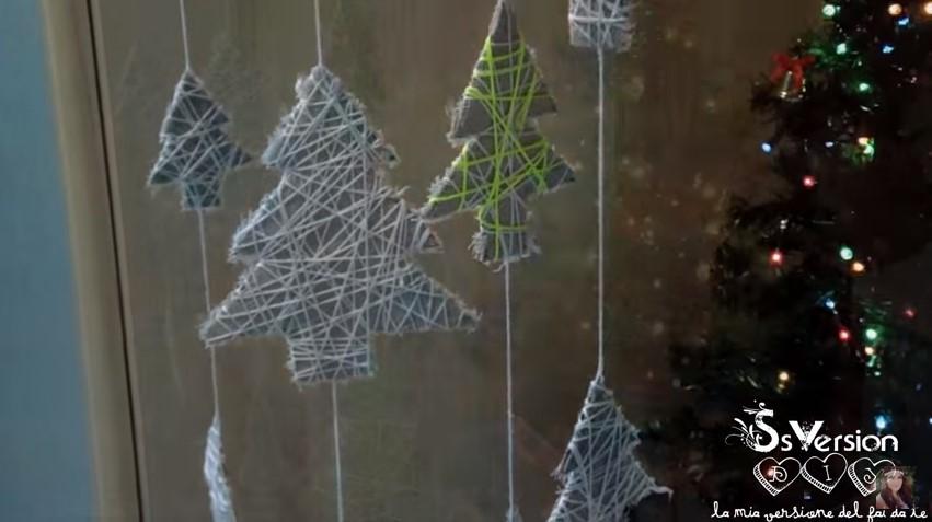 Addobbi natalizi shabby chic come creare ghirlande originali - Addobbi natalizi da giardino ...