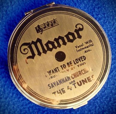 Make-up Compact adorned with Savannah Churchill record label.
