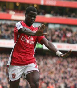 Eboue celebrates his goal