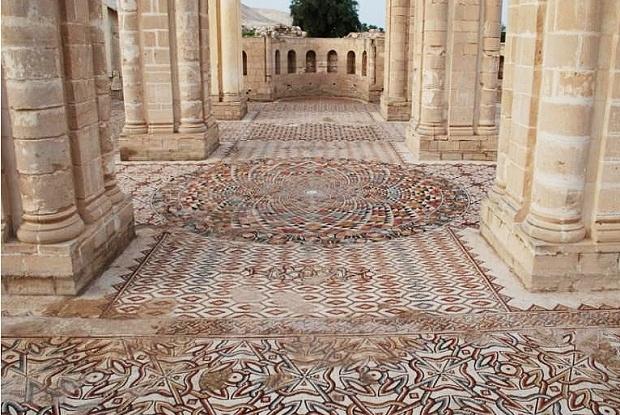 Япония пожертвует $11,4 млн для реконструкции мозаики дворца Хишама