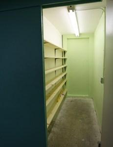Closet_During
