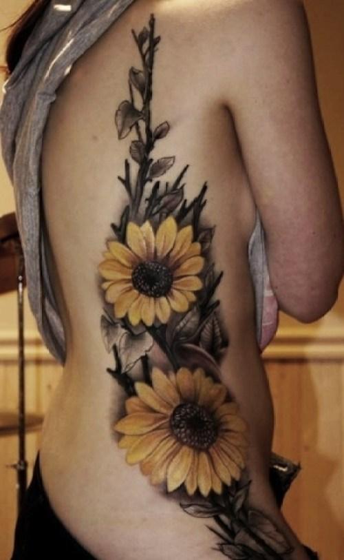 tatuaje mujer flores 2