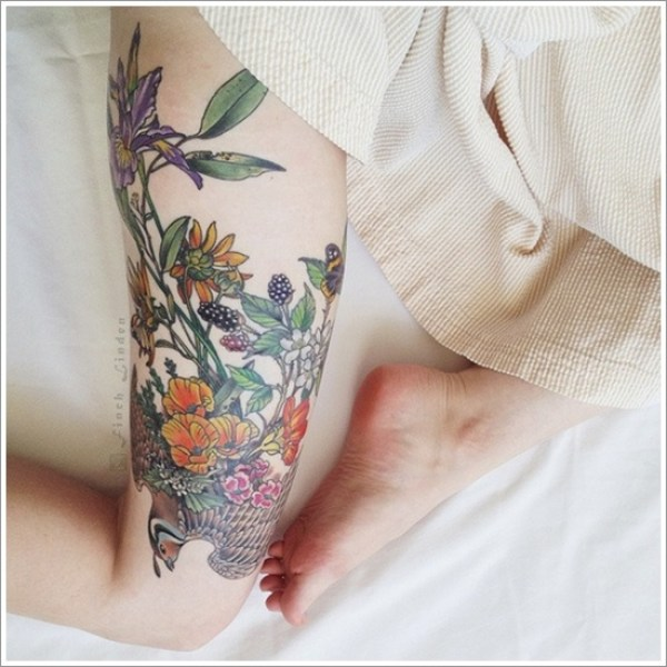 tatuaje mujer pierna 2