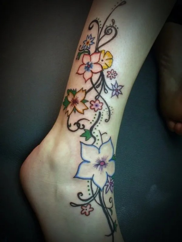 tatuaje mujer pierna 5