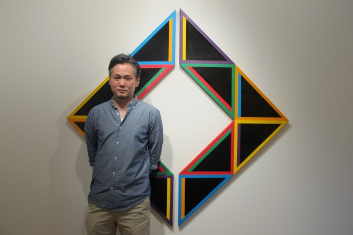 Artist Tadasuke Jinno at Tazza Gallery