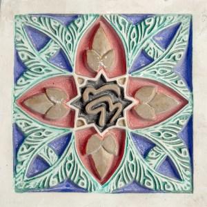 elemento decortativo pintado de escayola