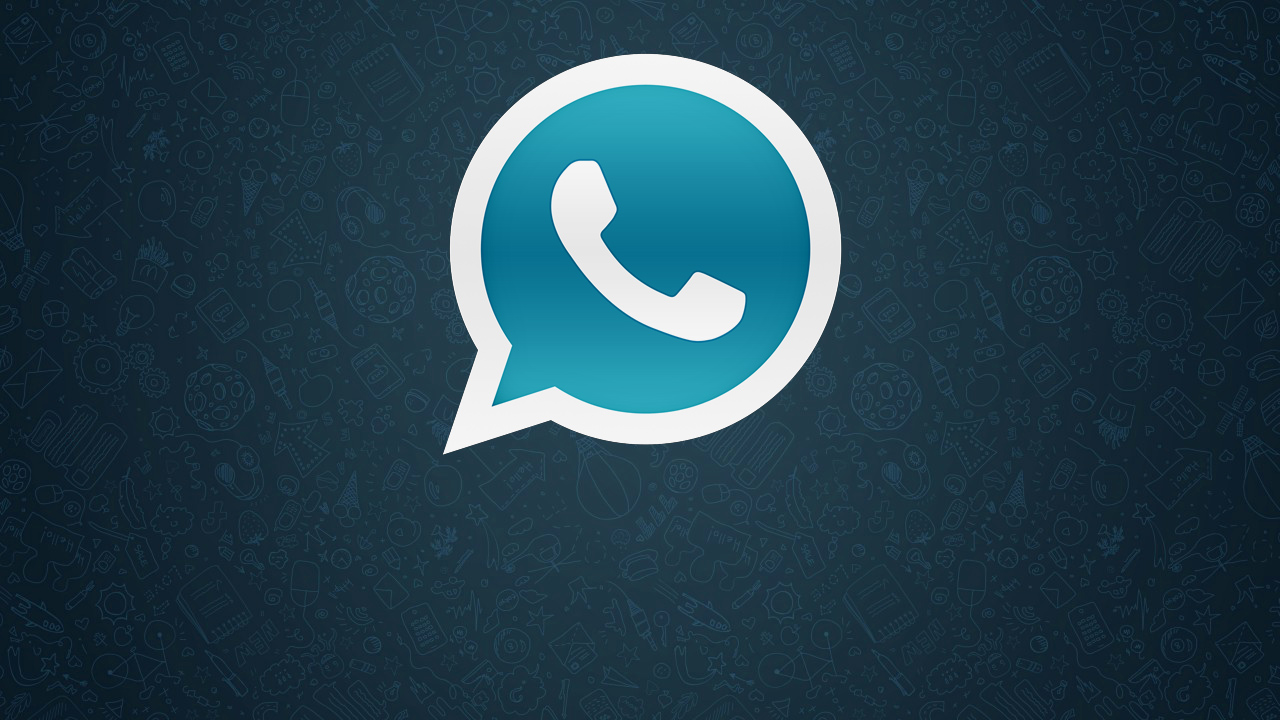 What makes WhatsApp Plus different from WhatsApp