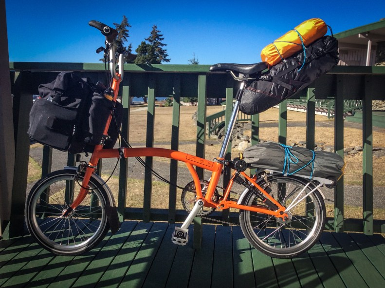 Bike touring on a brompton