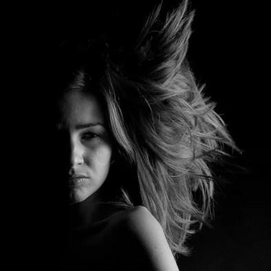 woman-longhair-BW