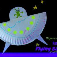 DIY GLOW-IN-THE-DARK Paper Plate Flying Saucer