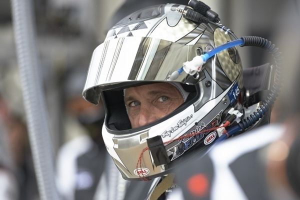 Heart-throb actor focuses on Le Mans role