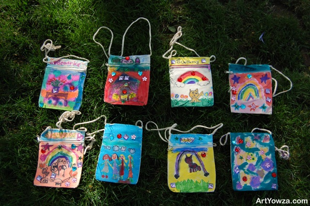 Children's Birthday Parties: Rainbow Charm Purses!