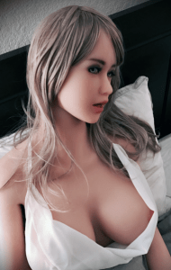 Realistic sex doll babe