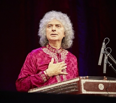 Darbar Music 2019 to end on high note with Pandit Budhaditya Mukherjee (sitar) and Pandit Shiv Kumar and son Rahul Sharma (santoor)