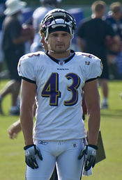 Asian nfl player