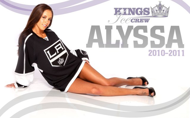 losangeleskings-nhl-hockey-los-angeles-kings-cheerleader-sexy-babe-wallpaper-1